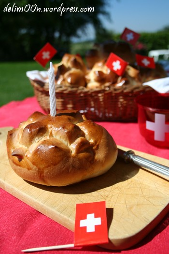 petits pains du 1er août - swiss national day bread - delimoon.com