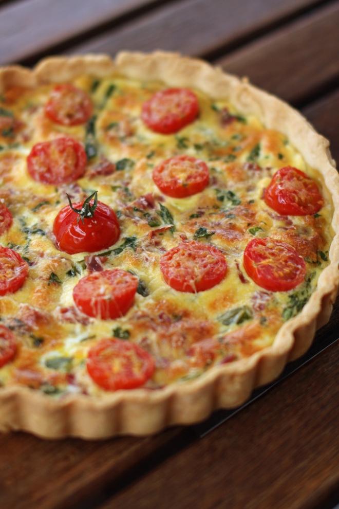 Tarte aux asperges-tomates-jambon cru - delimoon.com - faire ses tartes maison avec ce qu'on a dans les armoires