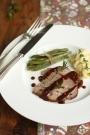 Gigot d'agneau / https://delimoon.com/2013/03/03/gigot-dagneau-pour-un-grand-chef/