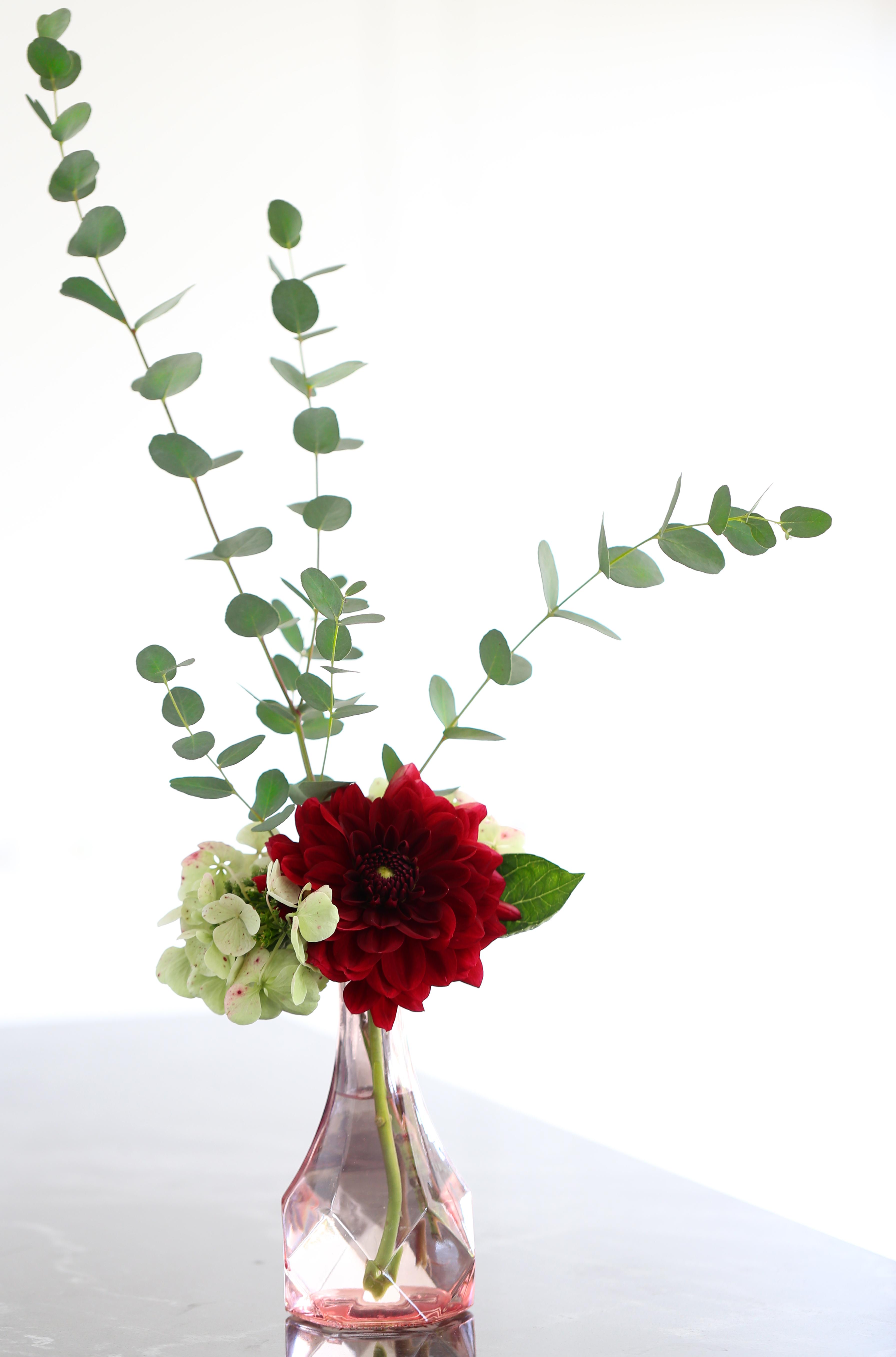 Bouquet d'été - dahlia, hortensia, eucalyptus - delimoon.com