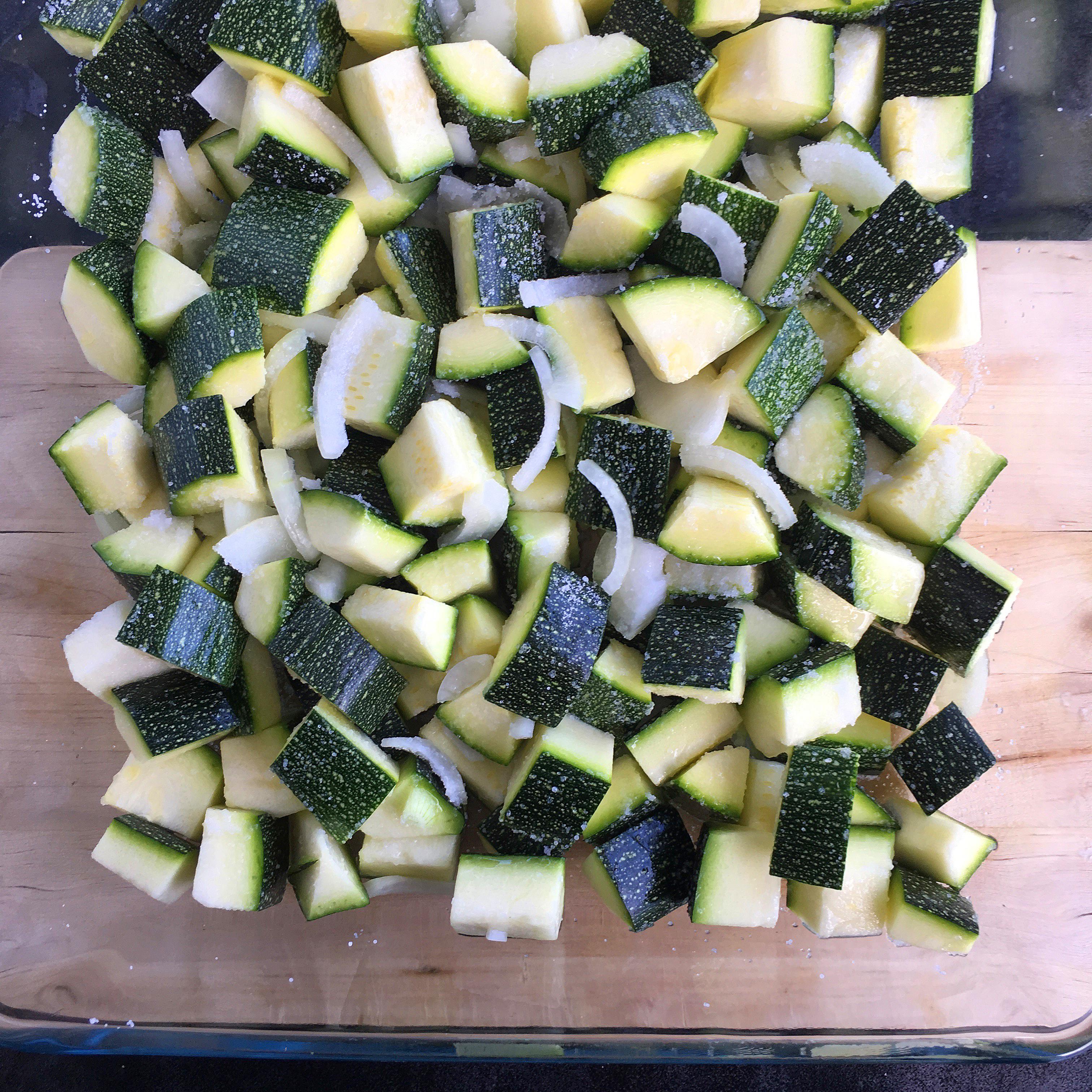 Conserves de courgettes au curry - Delimoon.com - une façon simple d'utiliser le surplus de légumes et d'en profiter durant la saison froide - delimoon.com