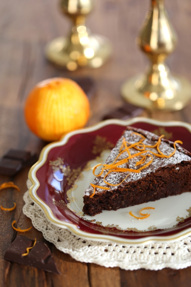Gâteau au chocolat et à l'orange - delimoon.com - un petit gâteau à servir avec le café en toute circonstance
