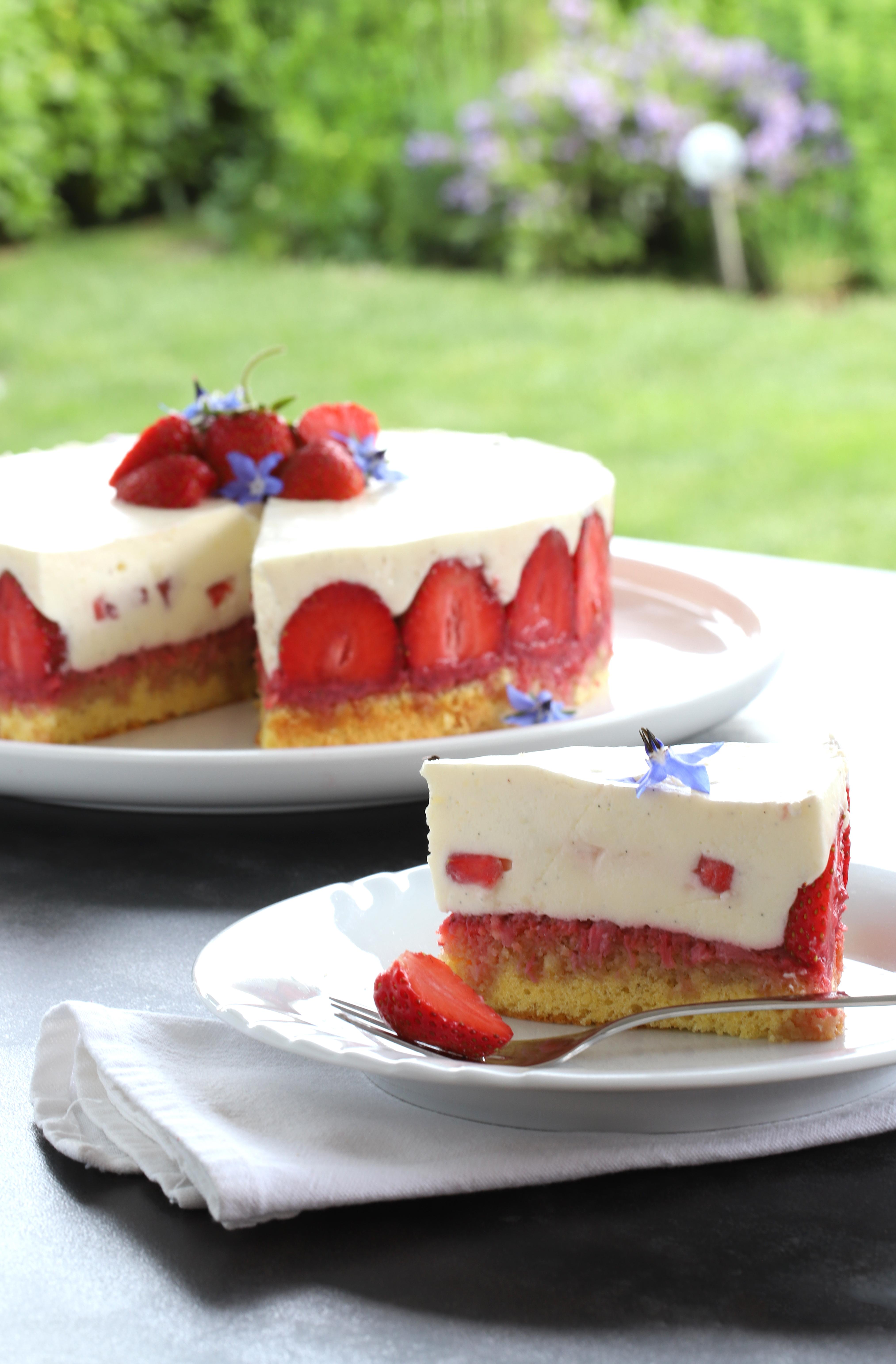Fraisier - Strawberry cake - delimoon.com