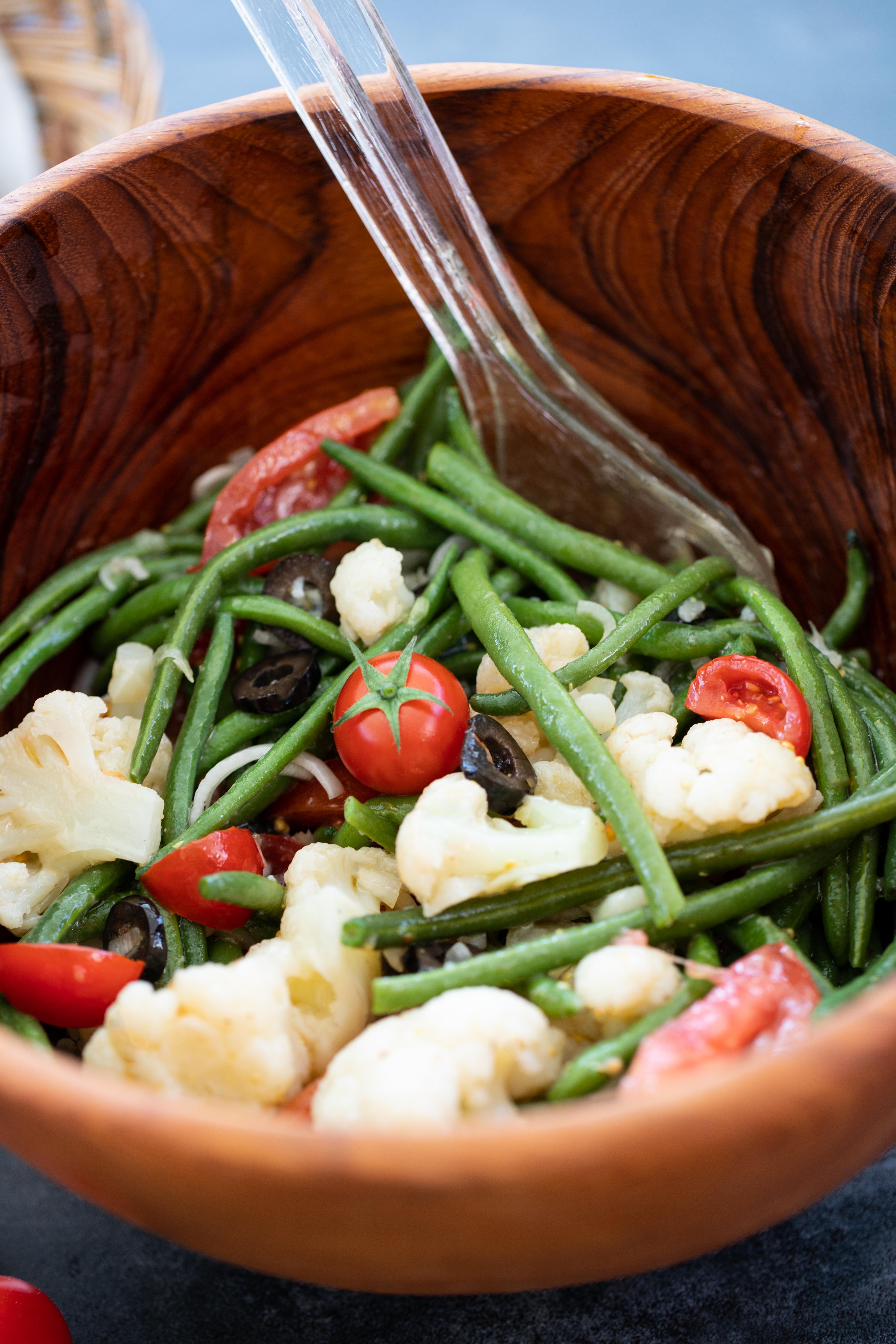 Salade de haricots - tomates - choux fleurs - delimoon.com